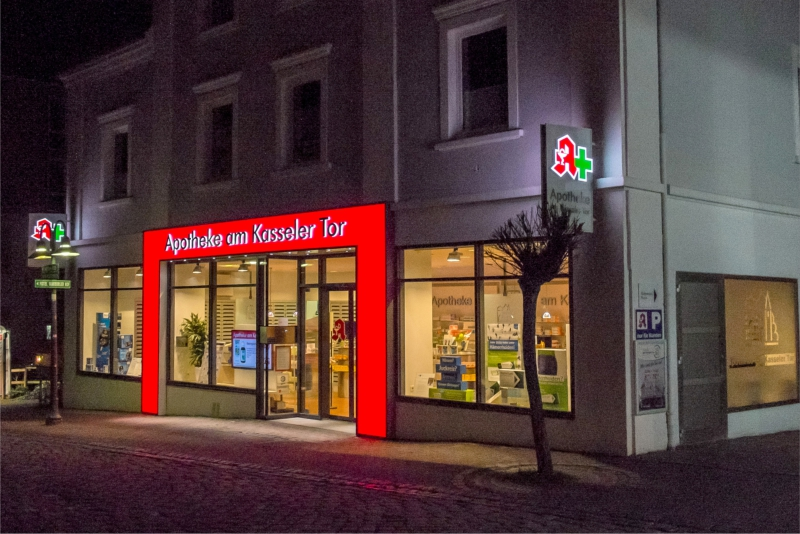 Lichtwerbung Apotheke Am Kasseleer Tor