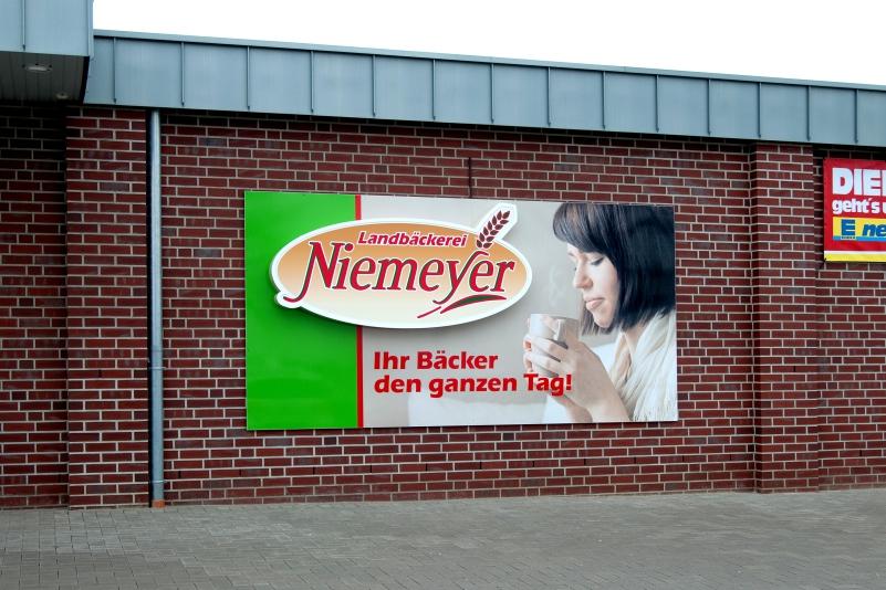 Lichtwerbung Bäckerei Niemeyer